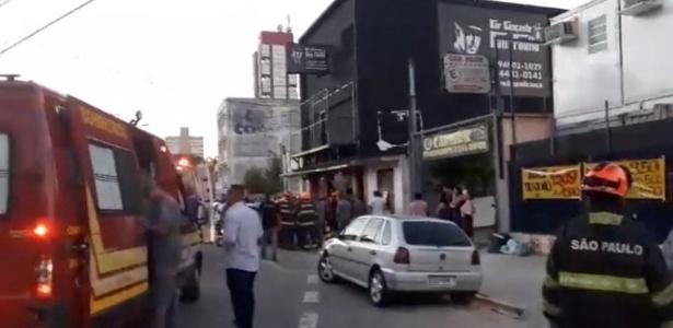 mezanino-desaba-e-deixa-27-feridos-leves-em-evento-infantil-em-santo-andre-1537743067366_615x300